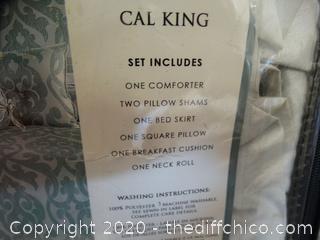 Cal KING Comforter Set Missing 1 Throw pillow