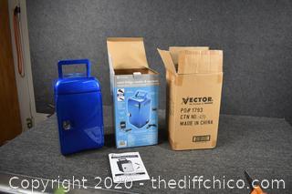 NIB VectorMini Frig Cooler and Warmer