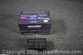 NIB LMS-1202 Laser / Tactical Light