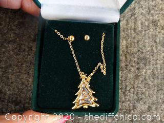 Christmas Tree Necklace With Earrings