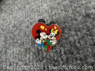 Mickey & Minnie Disney Pin