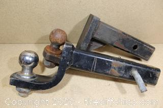 """LOT OF 2 TRAILER HITCH RECIEVER AND BALL 2"""""""