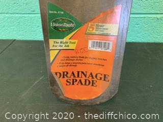 Union Tools Drainage Spade (J28)