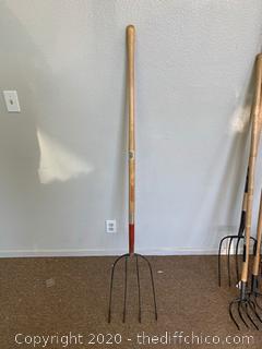 Razorback 4-Tine Hay Fork (J39)