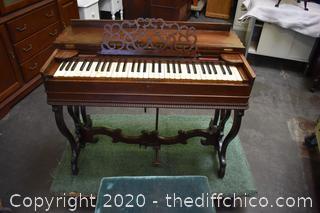 Vintage Pump Organ w/Bench