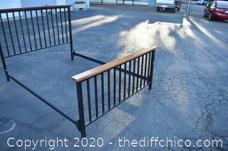 Queen Headboard / Footboard / Rails