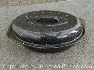 Black Cobblestone Cooking Pot w/ Lid