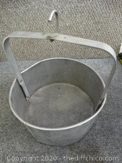 Metal Hanging Tool Cleaning Bucket