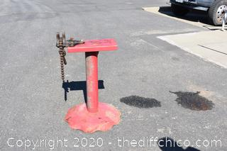 Pipe Vise w/Stand-35in tall