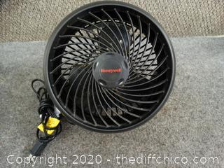 Working Honeywell Fan