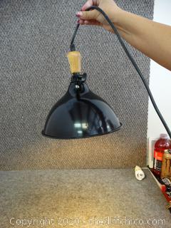 Working Impact Shop Lamp