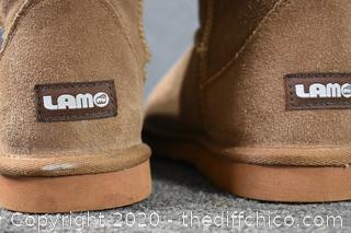 LAMO Boots size 8