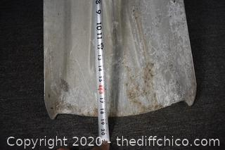 45in long Shovel