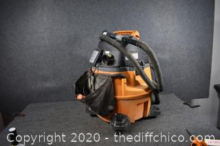 Working Ridgid Vac