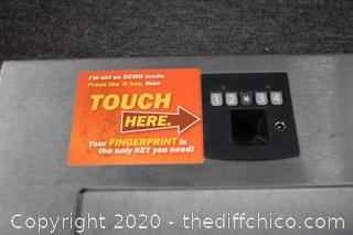 Demo Finger Print Key to Safe 'as is'