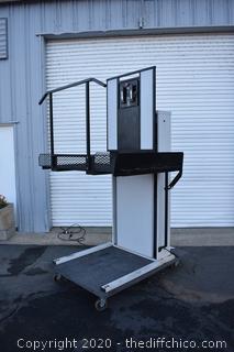 Working Freedom Trust Lift TS 21174 Wheel Chair Lift plus Paperwork