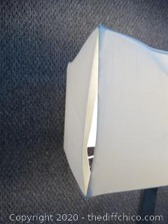 Working Square Lamp