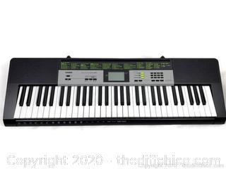Electronic Lighted Piano Keyboard Casio LK-135 61 Keys