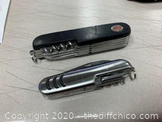 3 Multi-Tool Knives (J16)