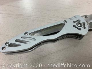 Maxam Silver Folding Knife (J57)