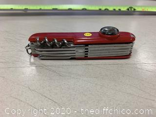 Red Multi-Tool (J234)