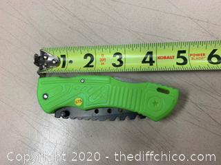 Green Zombie Hunter Folding Pocket Knife (J273)