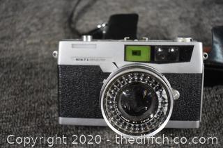Vintage Petri 35mm Camera