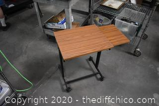 Rolling Table w/pull out side