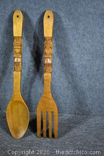 Carved Wood Wall Mounting Spoon and Fork