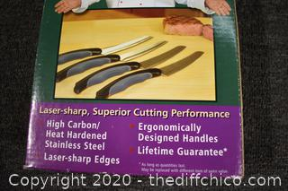 NIB4 Piece Steak Knife Set