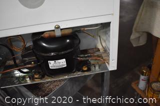 Working Sunbeam Refrigerator