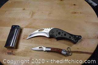 2 Knives and Lighter