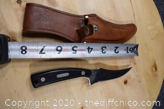Schrade 152 USA Guns and Ammo Knife w/holder