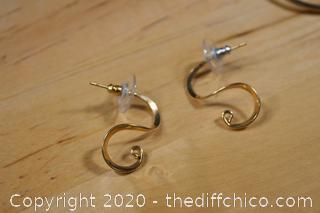 11 Pair of Earrings