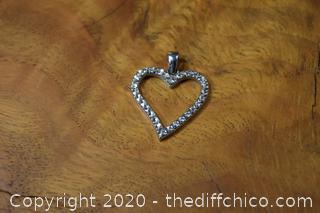 14k White Gold Heart
