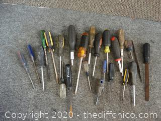 Lot of Screw Drivers