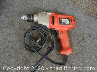 Working Black and Decker Drill