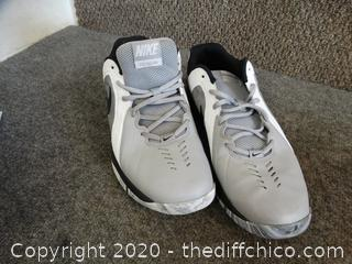 Nike shoes Mens 11