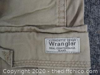 Men Wranglers 32x34