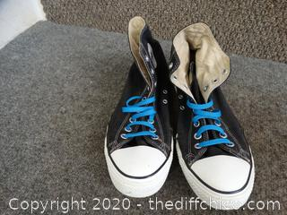 Converse All Stars shoes - size 10