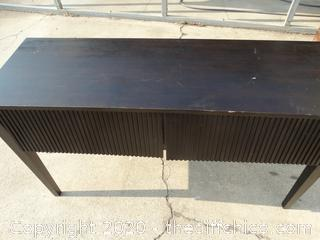 Entry Way Table With 2 Drawers needs repair