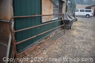 Gate - 124 1/2in x 52in