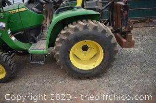New 4 Wheel Drive Running John Deere 3032E Tractor with 300E Loader and back weights - 140hrs
