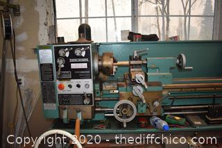 Central Machinery Metal Lathe T33274