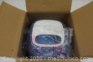 Vicks Filtered Cool Mist Humidifier 24 HR Run 1.1 Gallon Medium Room Use A200