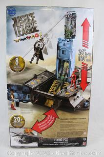 NEW DC Justice League Flying Fox Mobile Command Center with Accessories