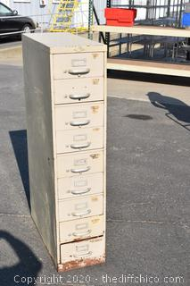 8 Drawer Cabinet