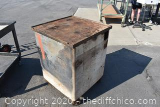 Rolling Metal Work Bench