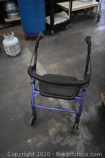 Walker w/seat