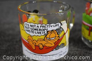 5 Collectible Garfield Glass Mugs